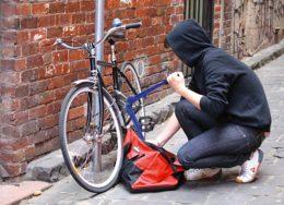 Cum-să-protejezi-bicicleta-împotriva-furtului-260x188.jpg
