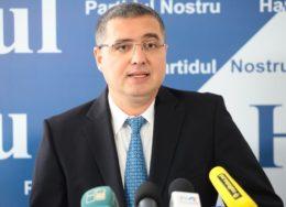 un-tribunal-de-la-moscova-a-emis-mandat-de-arest-pe-numele-lui-renato-usatii-154111-1595600619-260x188.jpg